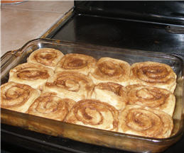 Good Ol' Fashion Cinnamon Rolls